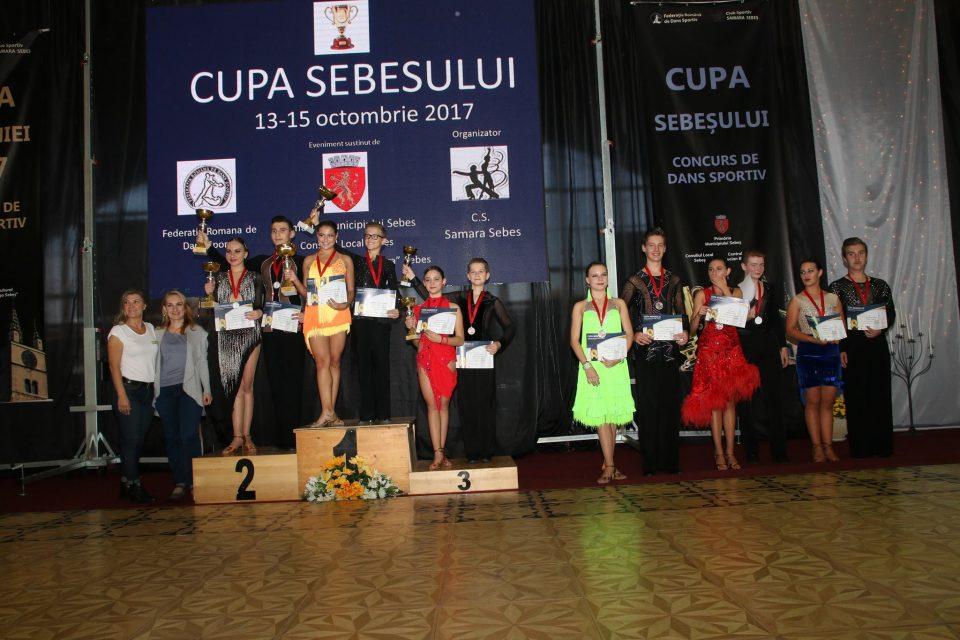 Loga Dance School la Cupa Sebesului