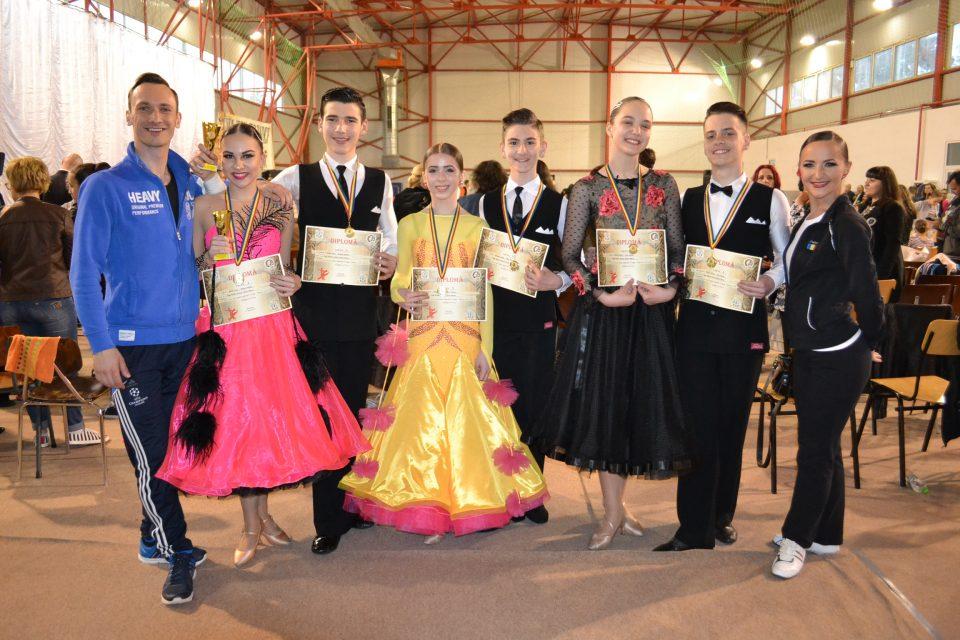 Loga Dance School la Cupa Spria Top Dance