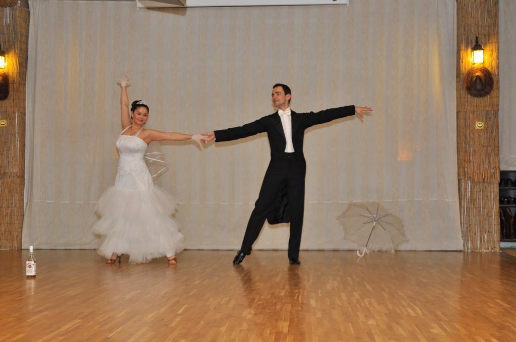 SALSA Show Dance