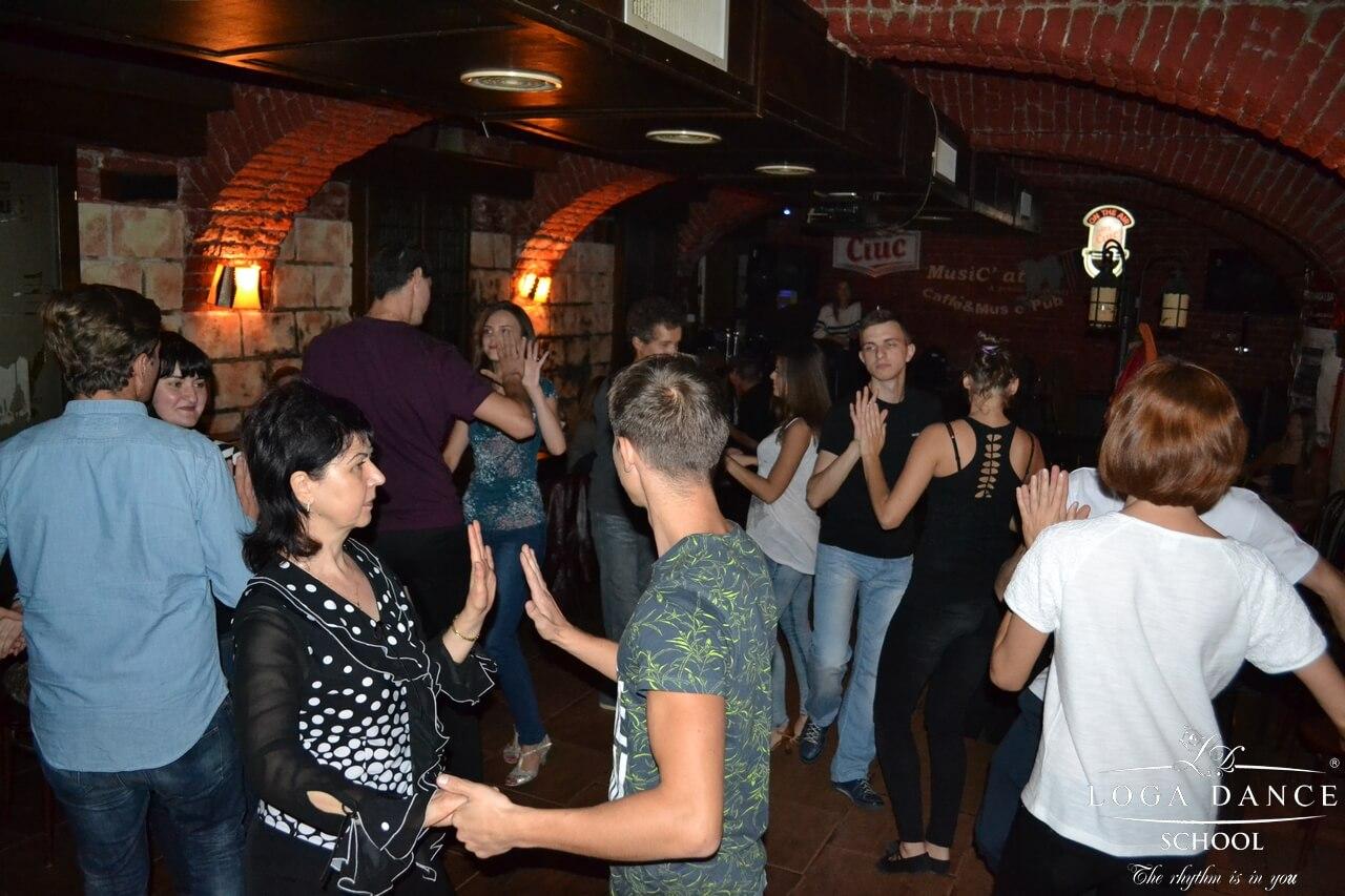 Caravana Salsa Party Nr.54