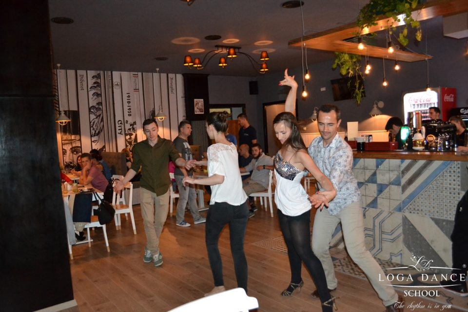 Caravana Salsa Party Nr.103