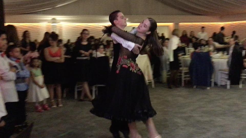 Spectacol de dans la Balul Bobocilor - Doamna Stanca